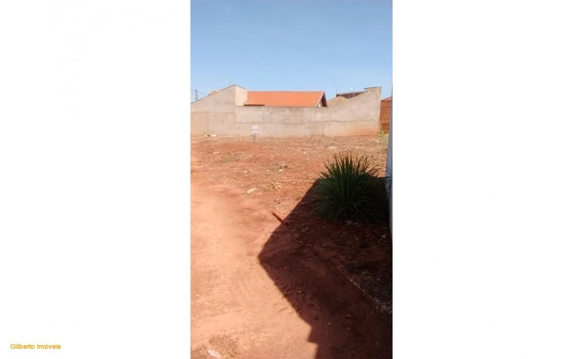 COD156: TERRENO JARDIM PORTUGAL